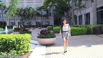 Latina milf soffie keen to the passion of public analsex