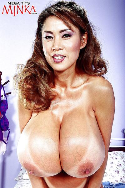 Chesty Chinese MILF Minka freeing animal marangos previous to anal fingering