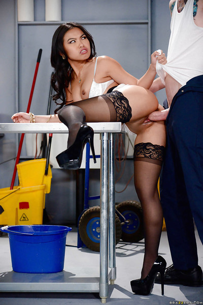 Sultry Japanese prostitute Cindy Starfall killing schlong doggy position in nylons