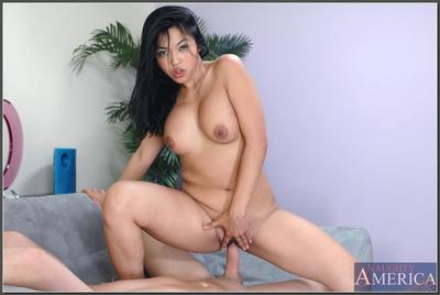 Lewd Chinese darling Mika Tan astonishingly get joy a whore and blowing dick water