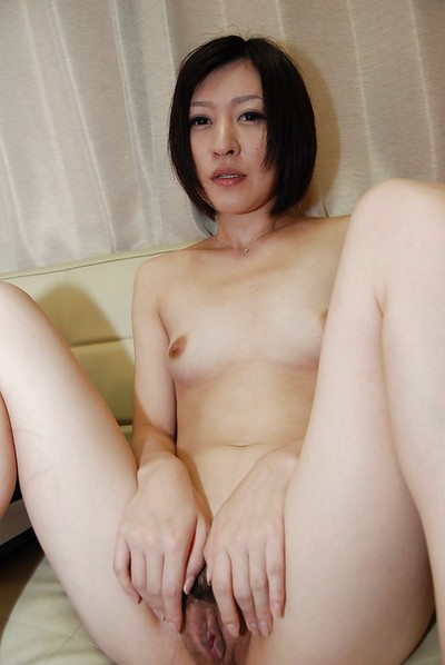Attractive short-haired sample Mari Suzui is wanking her holes