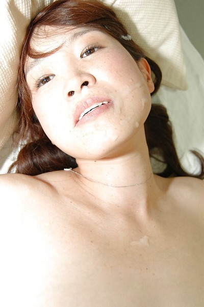 Chinese MILF Takako Yanase receives owned and takes a cum flow on her face