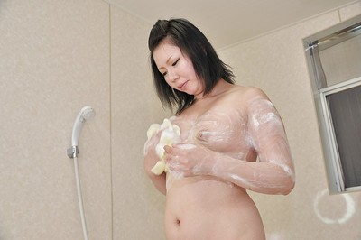 Japanese MILF Aya Uchiyama fascinating bathroom and teasing her snatch with water jets