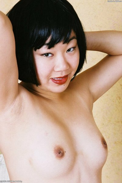 Solo Eastern cutie Junko removes hose to creep shaggy infant snatch