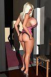 Hawt 3d blondie exposing her biggest common tits
