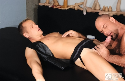 Smack an intense session of sucking, fucking, and ass-play featuring Zak Spears and returning Falcon boy Thom Barron. These 2 talented players accept down to some serious sexual full around and Zak knows just what it takes to satisfy Thom