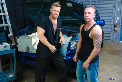 Matt purely moved into the neighborhood and was told that a sweaty sexy dude of a man by the name of Landon was a mechanic and priceless with his tools. Matt sees Landon working on his car and asks him a small in number questions to make guaranteed he kno