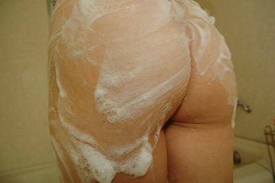 Captivating Japanese MILF Mai Ishiduka has some soapy getting pleasure in the bath