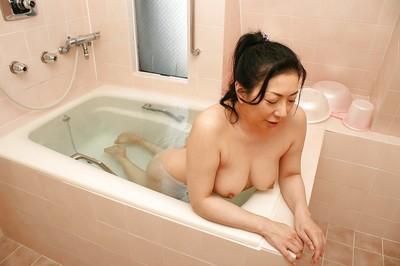 Kumiko Yasue