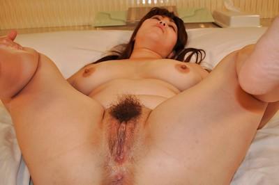 Corpulent Japanese MILF Kumi Shibahara has some wet crack fingering satisfaction afterward shower-room