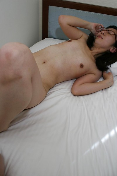Concupiscent eastern MILF in glasses gives head and gains penetrated heavy