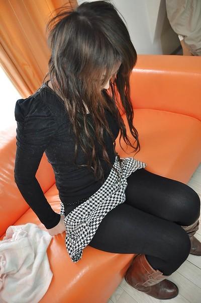 Yoshie Kiyokawa is one gorgeous Asia floozy that amplifies her legs wide