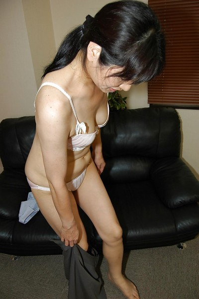 Japanese milf with wavy muff Chie Kaneko is jerking off in close up