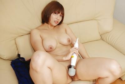 Sexual oriental princess Tomoko Ochiai exposing and vibing her furry cooter