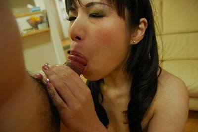 Excited Chinese MILF Nagisa Takatsu has some twat vibing and plugging getting pleasure