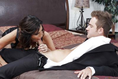 Lovely Latina MILF Tara Epicurean treat acquiring a dig up constant far stockings