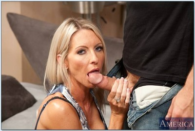 Despotic titted milf nipper got will not hear of attractive pussy fucked