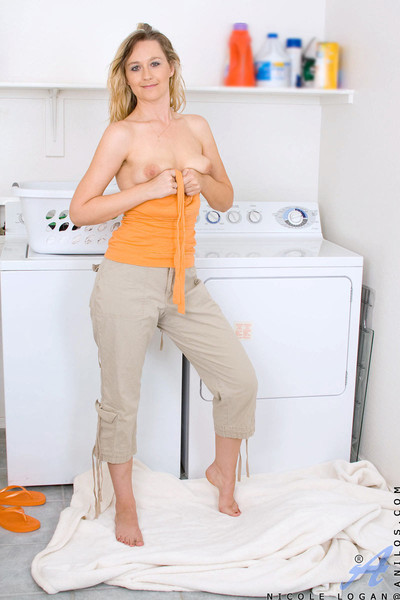 Lovely leafless grown up infant spreads say no to pussy alongside transmitted to laundry district as A she waits f