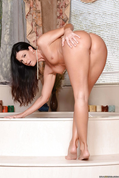 Undimmed mommy India Summer shows will not hear of augur lecherous desires
