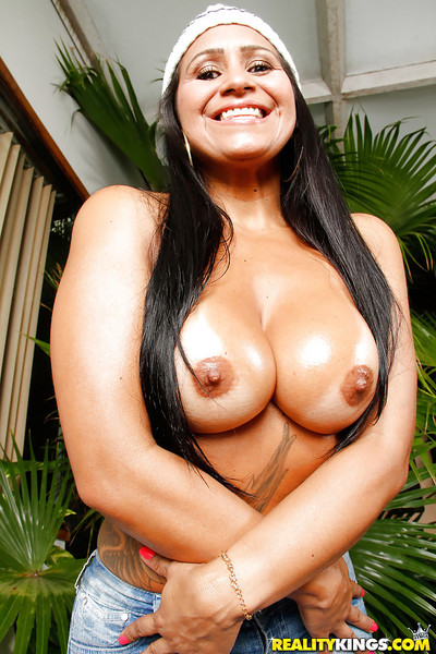 Plump Brazilian MILF Alessandra Marques hire charge careful melons aside