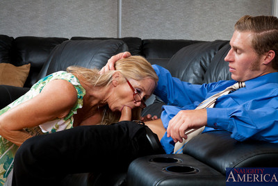 Leader hot old lady annabelle brady pounded off out of one