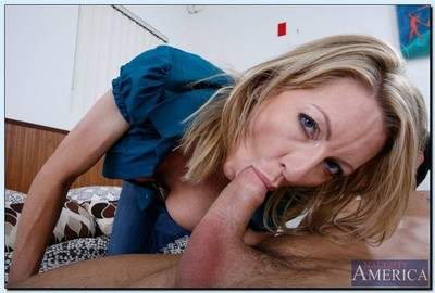 Cross cougar loves creature fucked