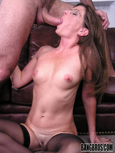 Tenebrous milf sucking on the top of a firm horseshit