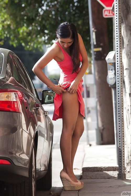 Magnificent amateur amateur lass Vijaya Singh widening her legs outdoors