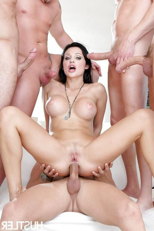 Pornstar milf Aletta Ocean gets fucked deep in her tight anal hole
