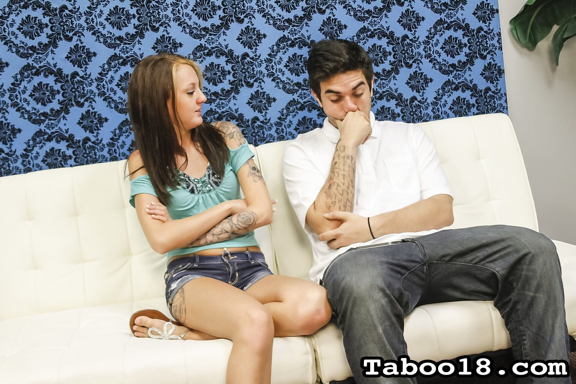 Kendra coles stepbrother accidentally broke his dads cellphone - part 230