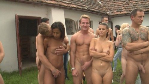 Homemade outdoor orgy photos