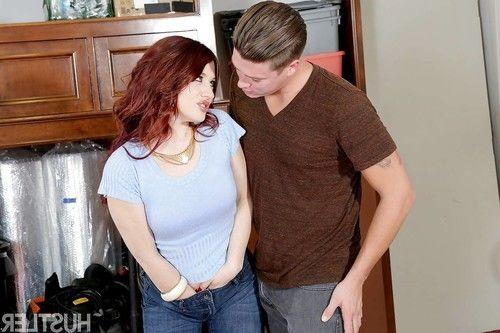 Pornstar Jessica Ryan sheds denim jeans for hardcore oral and vaginal sex