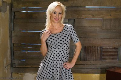 Hot and sultry lea lexis takes charge of this lanky newbie
