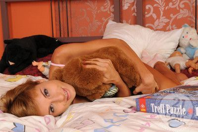 The most ecstatic hot milfs and lusty matures enjoy some mind-blowing lesbian se