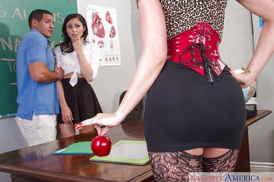 Older and younger lesbians Ariana Marie and Gigi Allens fuck the teacher