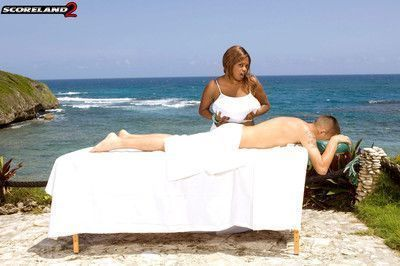 Busty black girl miosotis fucked on beach