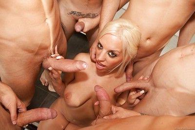 Hardcore blonde bitch Blondie Fesser getting gangbanged by seven cocks