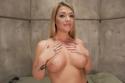 Simone sonay is making an army of anal soldiers and needs jenna ashley