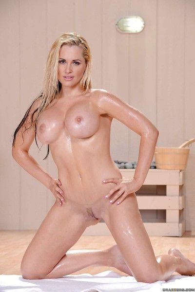 Shaved cunt of a wet milf blondie with big tits Alena Croft shown