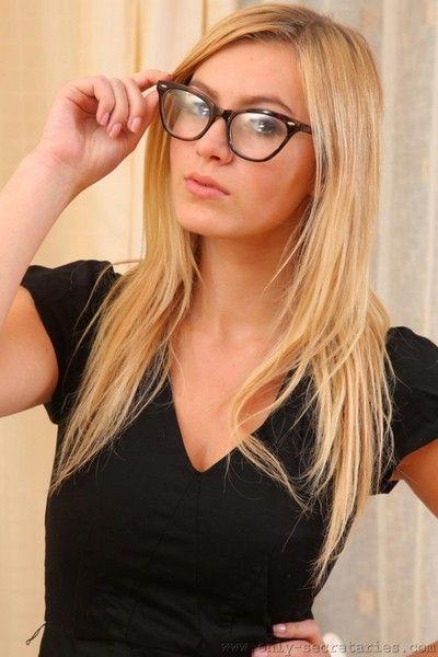 Hot blonde secretary in sexy stockings