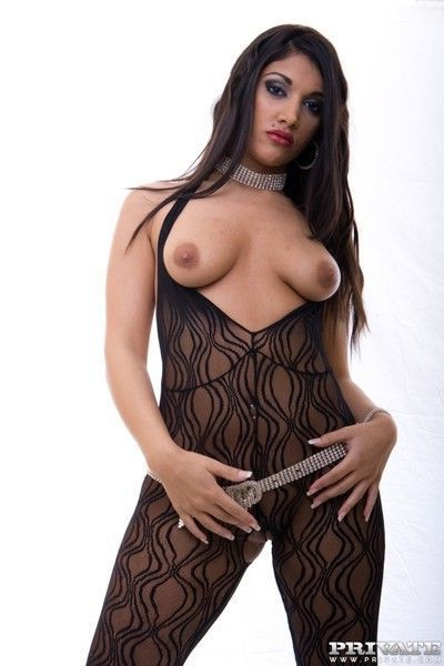 Pornstar leah jaye is a indian hooker who gets laid