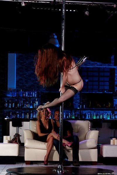 Hot strippers Aaliyah Love and Veronica Vain work stripper pole and cock