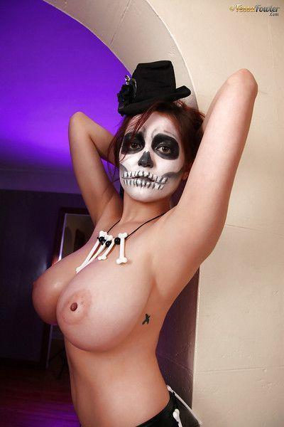 Cosplay pornstar Tessa Fowler flaunting monster tits and erect nipples