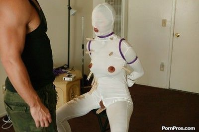 Lizz Tayler gives a blowjob and spreads her thighs ready for BDSM sex