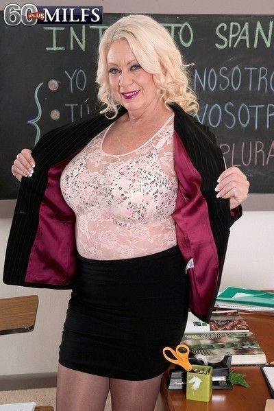 Granny teacher with big oierced boobs fucking