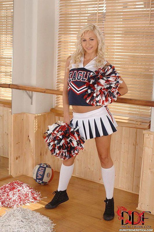 Blonde cheerleader legs pussy ass xxx hot images