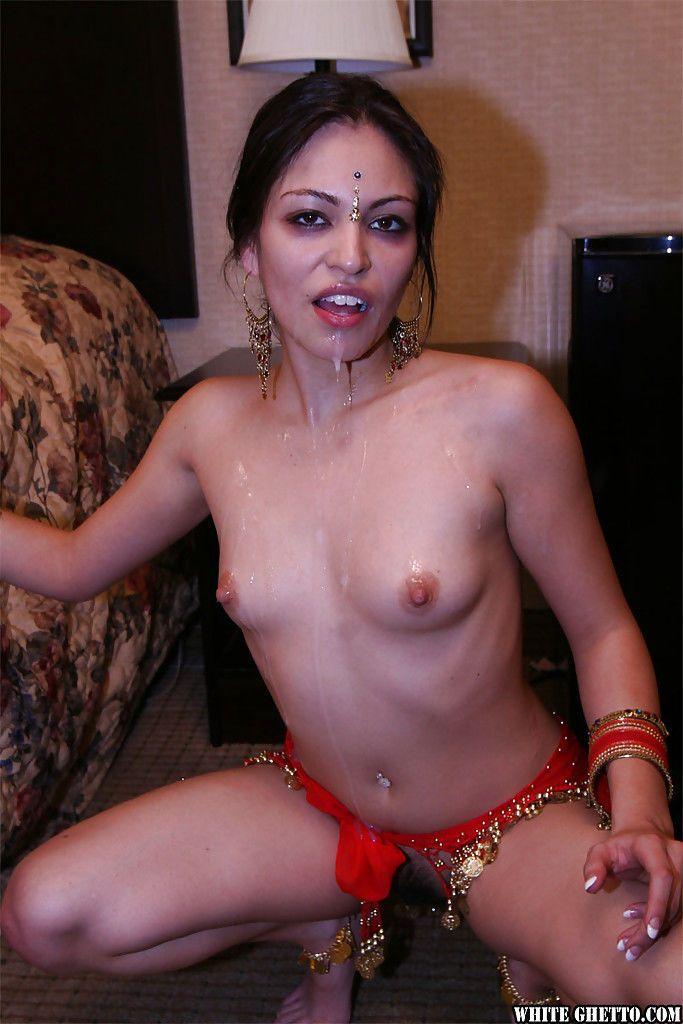 indische blowjob cumshot